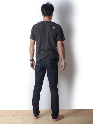 身長178cm(65kg)サイズM(32インチ)着用