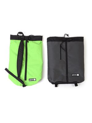 サイズはダートバッグよりやや大きめ