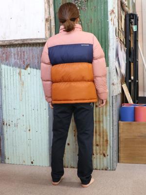 身長156cm/47kg/S着用(日本のM)